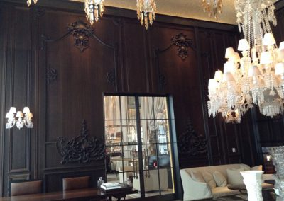 Reference oak wood | Baccarat Hotel ****** in NYC Smoked oak carving as wall panelling here with 17th century glass chandelier PARIS