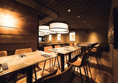 Reference oak wood | Beef-800° Würzburg oak 7 mm saw veneer wall cladding up to 7 m long and extremely wide